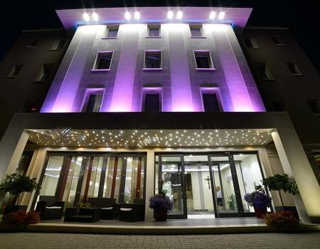 immagine anteprima Hotel Villa Pace